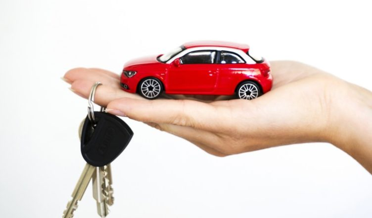 These best car buying apps are really helpful because it provides you with finger tip touch to sense the right time to buy and right vehicle to ride.