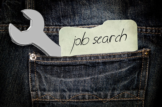 There are hundreds of job search apps you will find on the internet but here we are talking about the most acknowledged one and the one you can use to find the job you need.